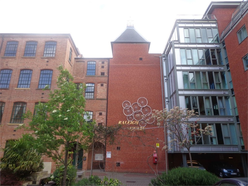 Extremely popular 2 double bed apartment