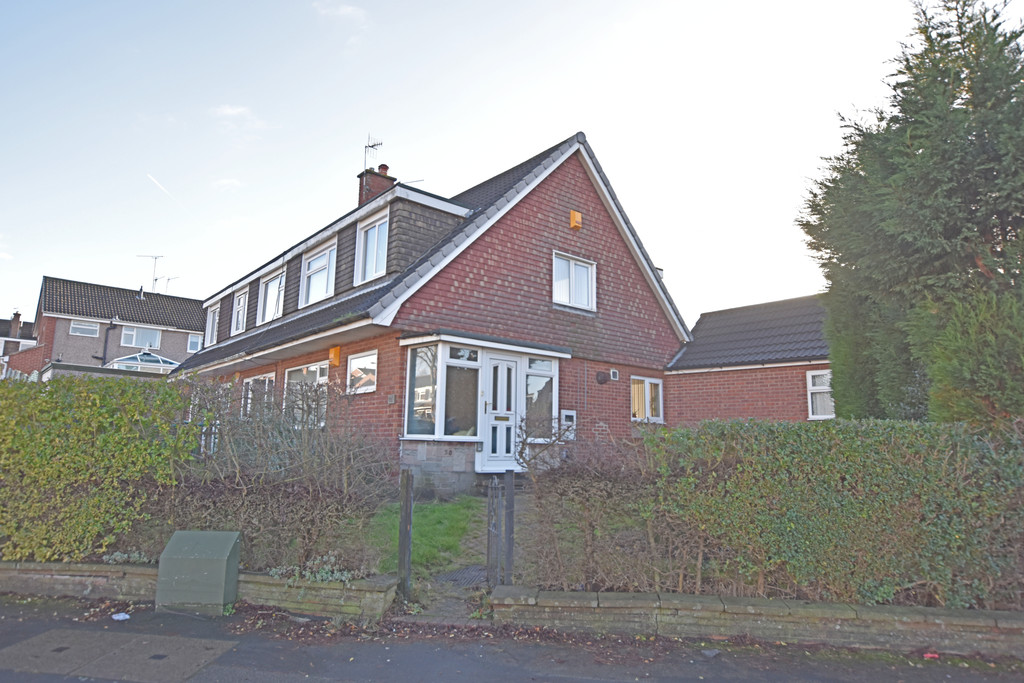 Large 4 bedroom semi detached house