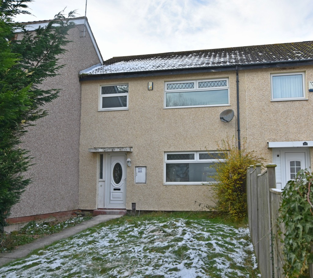 Large 3 bedroom terraced house