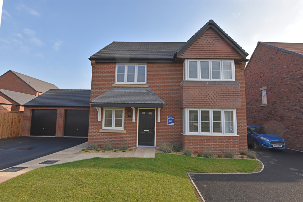 Brand new modern 4 bed house