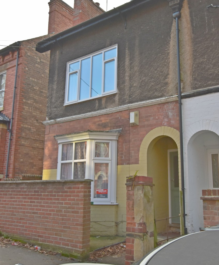 Very popular 4 double bedroom house