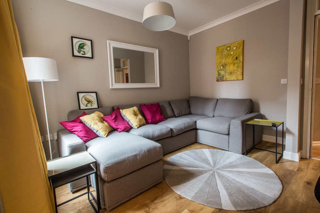 Extremely stylish 6 double bedroom student home