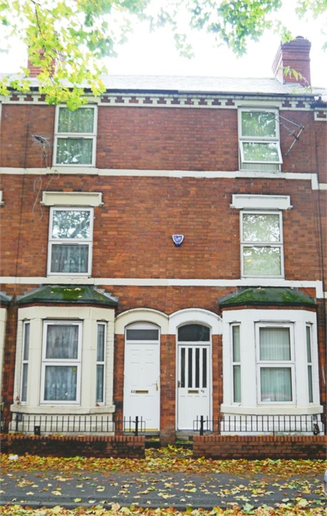 Large 2 double bedroom terraced house