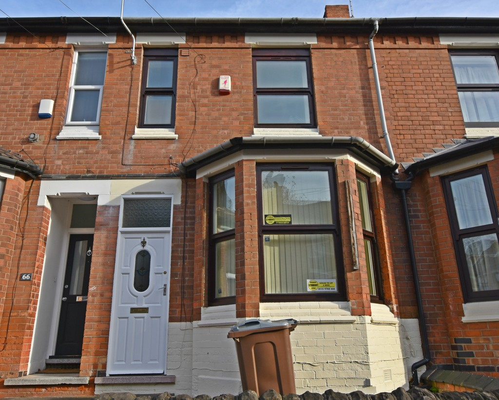 Perfectly located 6 double bed house