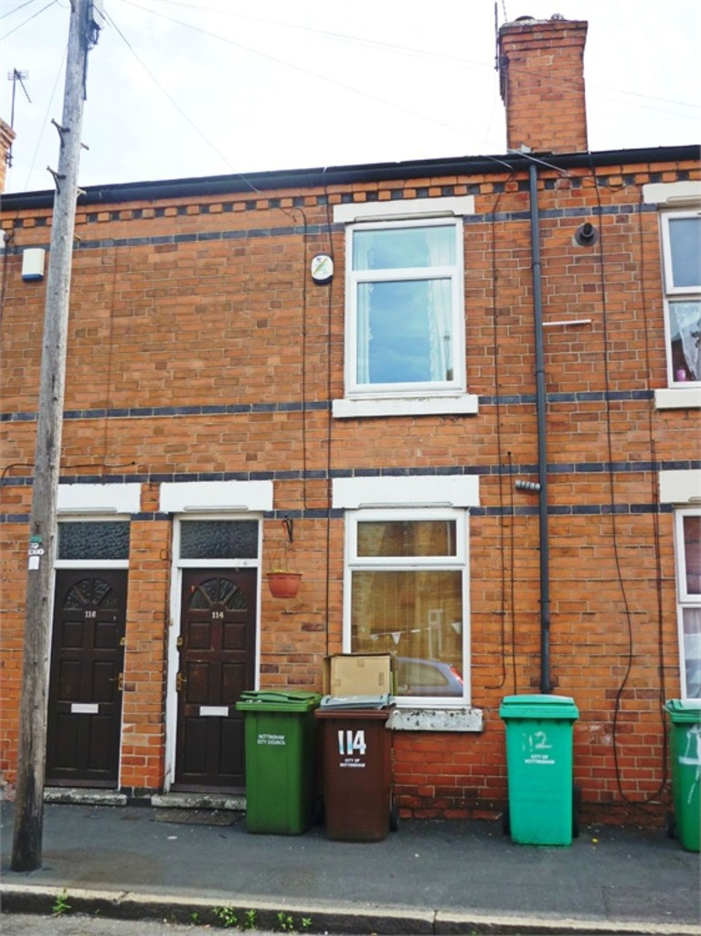 Good size 2 bedroom terraced house