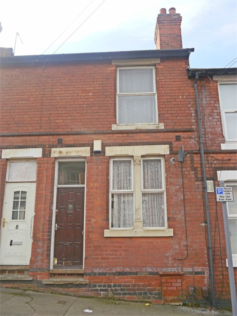 Good size 2 double bed terraced house