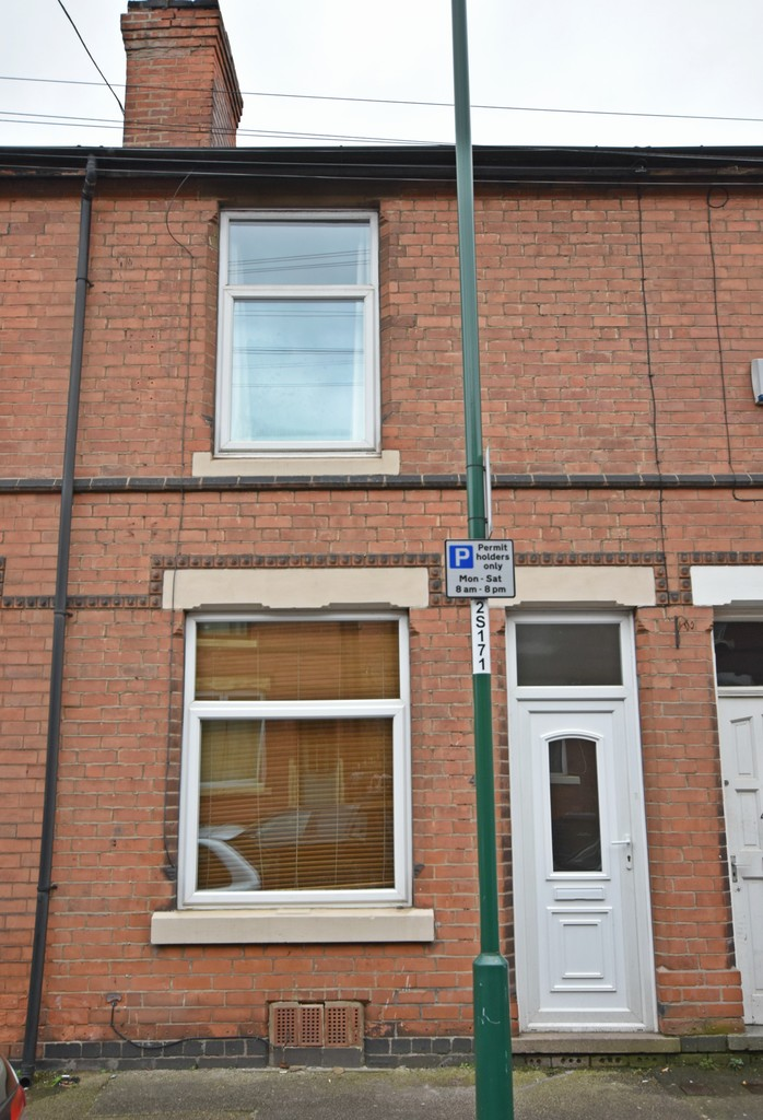 2 double Bedroom terraced house
