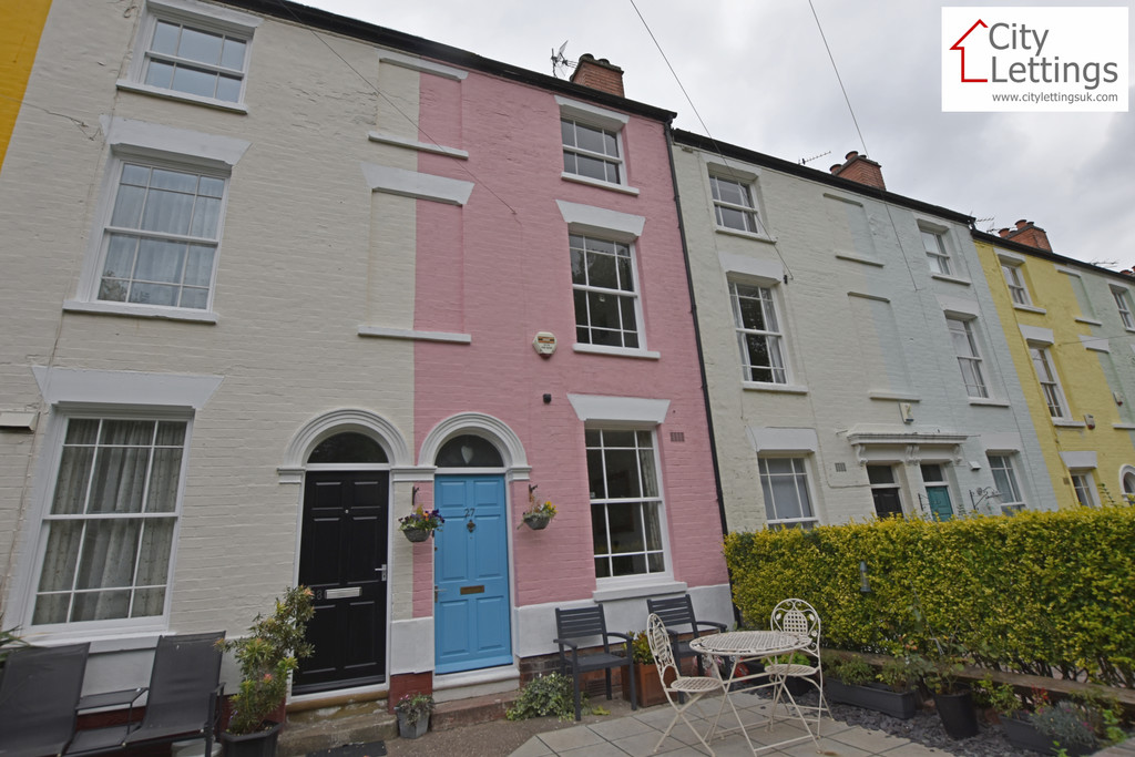 A stunning 3 bed Victorian house