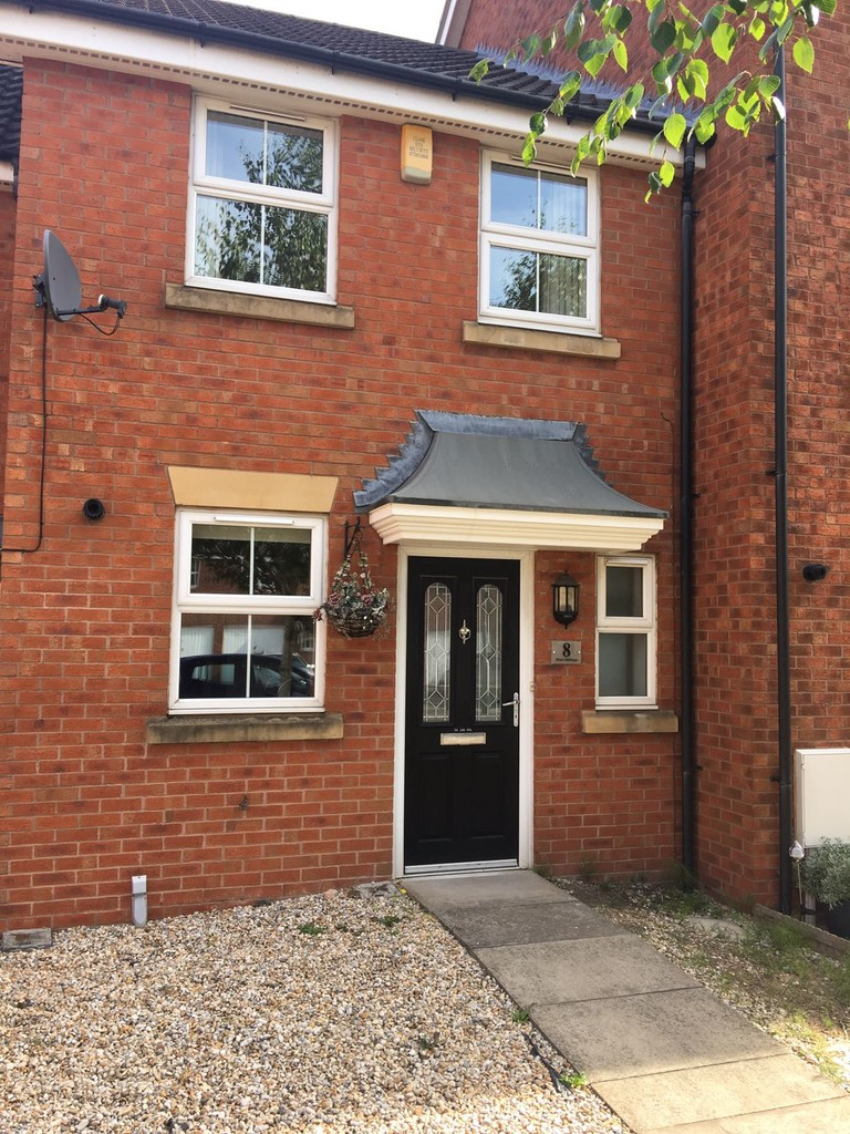 Modern 2 double bed town house